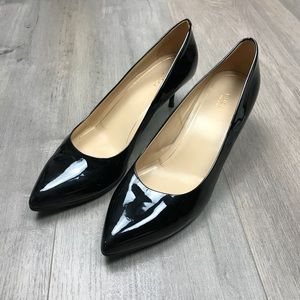 Gucci Black Patent Leather Pumps Heels 41